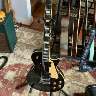 Dillion  Les Paul copy .? Black for sale