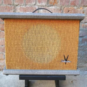 Silvertone Model 1432 10-Watt 1x12 Guitar Combo