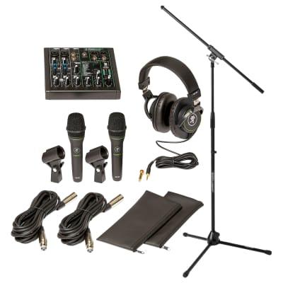 Mackie Performer Bundle ProFX6v3 USB Mixer with (2) Mics, MC-100 Headphones and Tripod Mic Stand