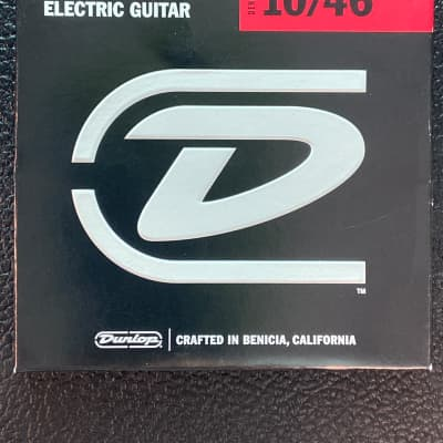 Dunlop DEN1046 Nickel-Plated Steel Medium .010-.046 Electric Guitar Strings  2010s Standard