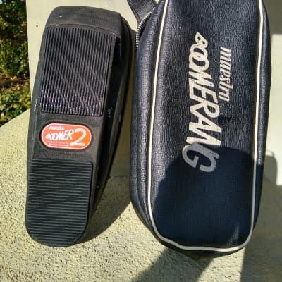 Maestro Boomerang BG-2 Black w/case for sale