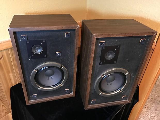 1976 advent the advent 3 vintage 2 way bookshelf speakers reverb