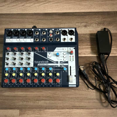 Soundcraft Notepad-12FX Small Format 12-Input Mixing Console