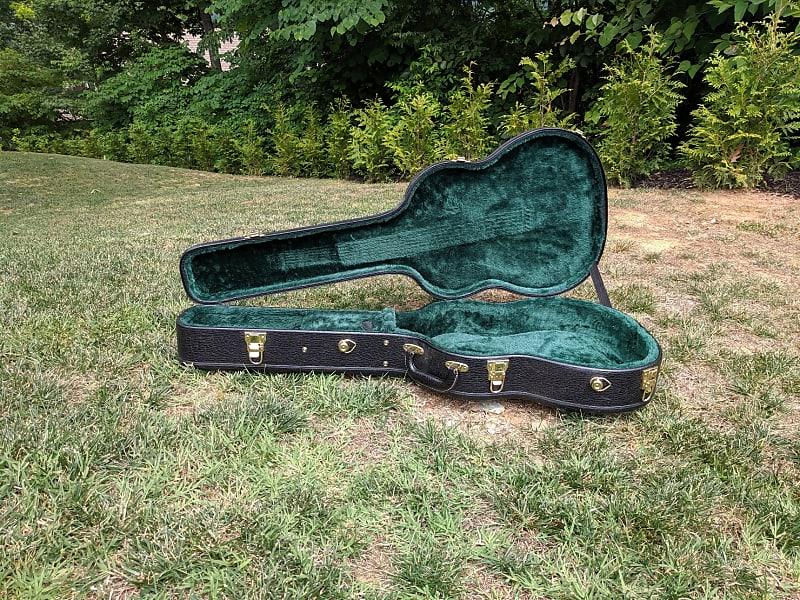 acoustic guitar case will fit martin dreadnaught reverb. Black Bedroom Furniture Sets. Home Design Ideas