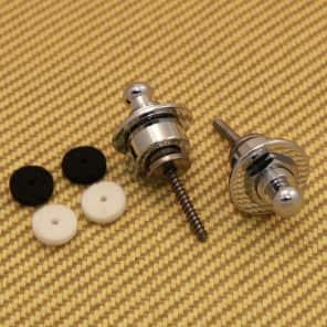 099-0690-000 Fender Chrome Complete Strap Locks