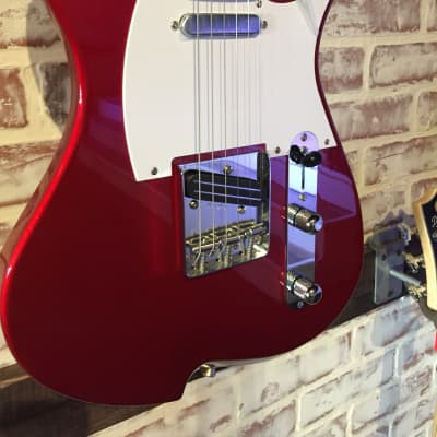 Vola Vasti Candy apple Red Gloss....(Vola)Voice of Life & Arts Red for sale