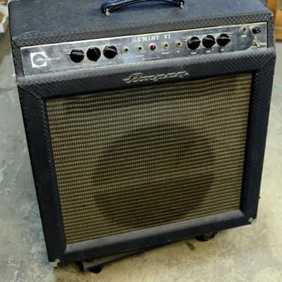 Ampeg Gemini VI Amp 1960's Works But Needs Some Service For Safe Operation