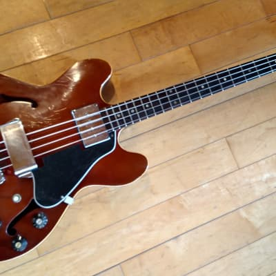 Gibson EB-2D 1967 RARE Sparkling Burgundy VG with original hard shell case