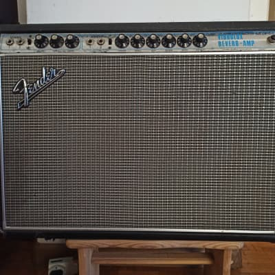 Fender Vibrolux Reverb silverface drip edge 35w 2x10 1969