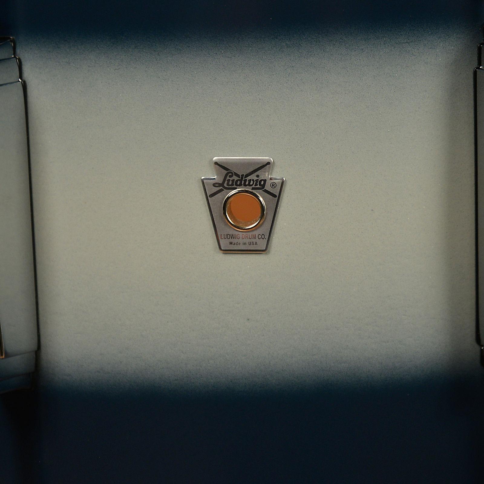 Ludwig badge dating