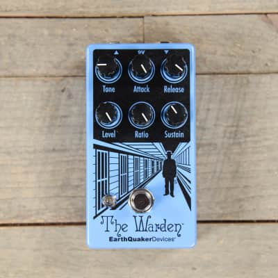 Earthquaker Devices The Warden Optical Compressor v2 USED