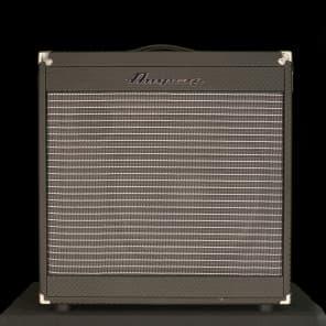 """Ampeg PF-115HE Portaflex Series 1x15"""" 450w Bass Cabinet"""