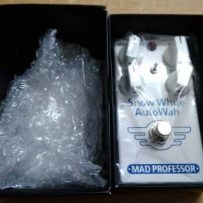 Mad Professor Snow White Auto Wah PCB Pedal w/ Original box & paperwork for sale