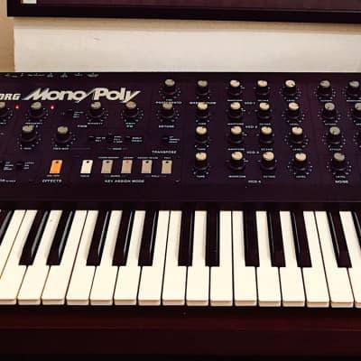 Korg Mono/Poly Analog Synthesizer with midipoly upgrade and original korg flightcase