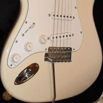 Fender '68 Stratocaster Lefty MIJ 1997 Olympic White image