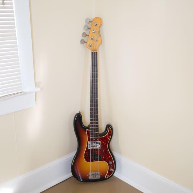 Fender Precision Bass 1965 3 Tone Sunburst image