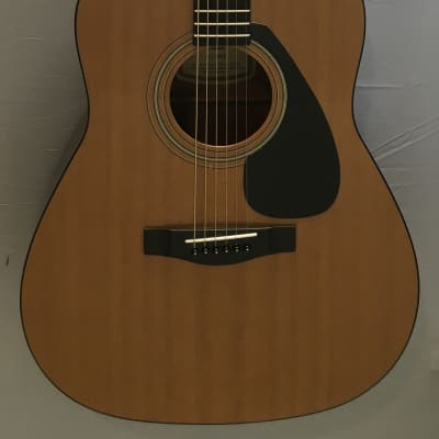 Yamaha FG-402 acoustic guitar, great starter, plays good, local pickup only. for sale