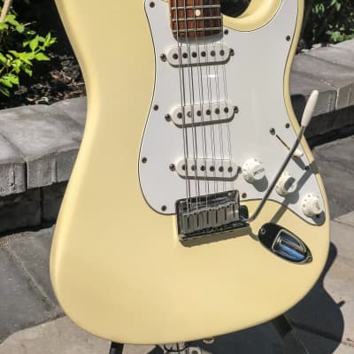 Fender 40th Anniversary American Standard Stratocaster Aged White for sale