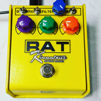 PRE-ORDER Kinnatone Yellow ProCo Rat 2 Mischief Bass With Clean Blend. for sale