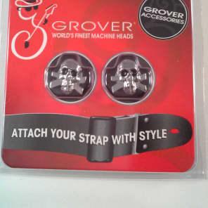 Grover 610C Skull Strap Button