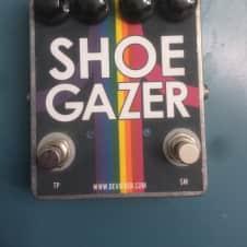 Devi Ever Shoegazer (rainbow edition)