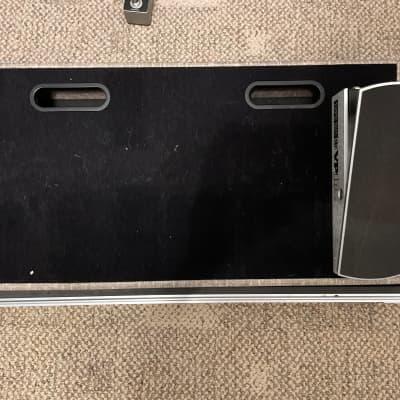 Blackbird Pedalboards 1224HC 12x24 Board- Gray Tolex with ATA Case
