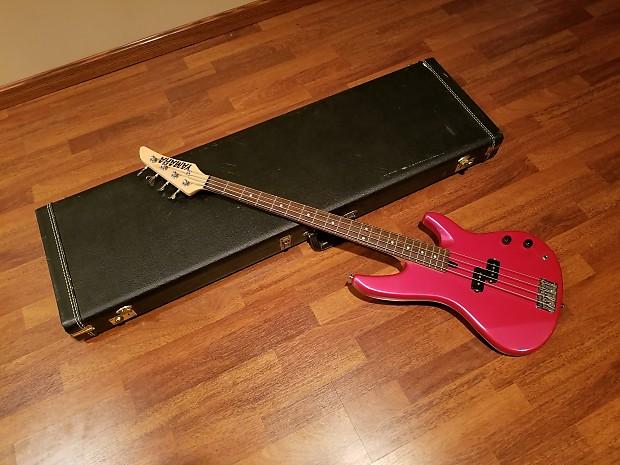 a4d3606d35 Yamaha RBX 250 Bass Guitar With Factory G & G Hardcase | Reverb