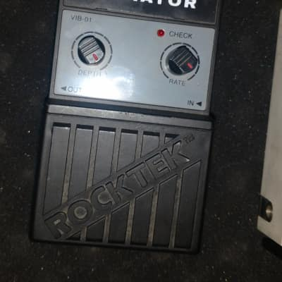ROCKTEK Vibrator Tremolo Pedal for sale