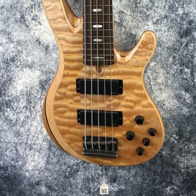 Yamaha TRB1005J 5-String Natural Quilt