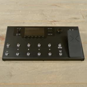 Line 6 Helix LT Guitar Processor MINT