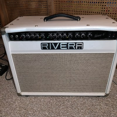 """Rivera Venus 6 1x12"""" 35-watt Tube Combo Amp Approx 2010 Pearl White with vintage gold grille"""