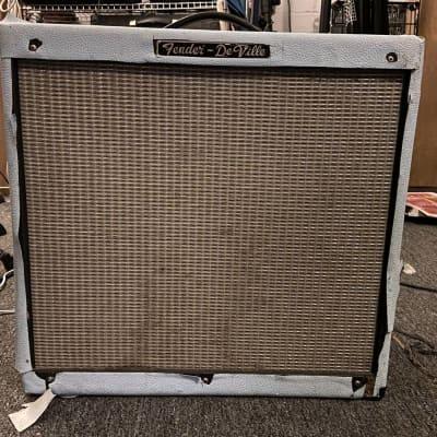 """Fender Hot Rod DeVille 410 3-Channel 60-Watt 4x10"""" Guitar Combo"""