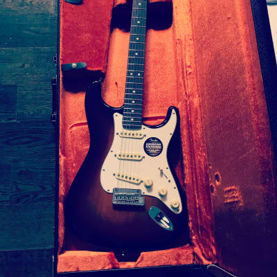 Fender Custom Shop American Classic Stratocaster (Limited Edition) Rosewood Neck, Sunburst color way for sale
