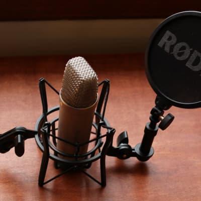 RODE NT1-A Studio Mic Pack