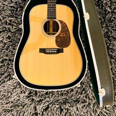 Martin Standard Series HD-28 2012 Natural Acoustic Guitar