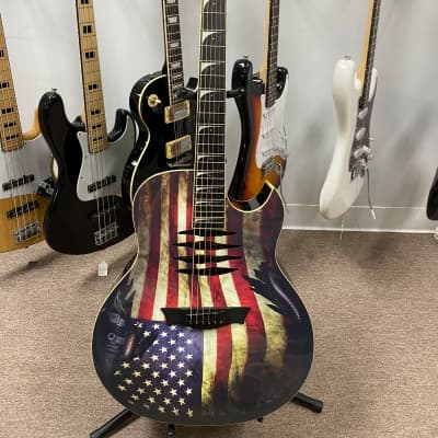 Dean MAKO-GLORY Dave Mustaine Dreadnought with Electronics American Flag with CASE