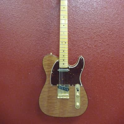 Fender Rarities Red Mahogany Top Telecaster®, Maple Neck, Natural, w/Case