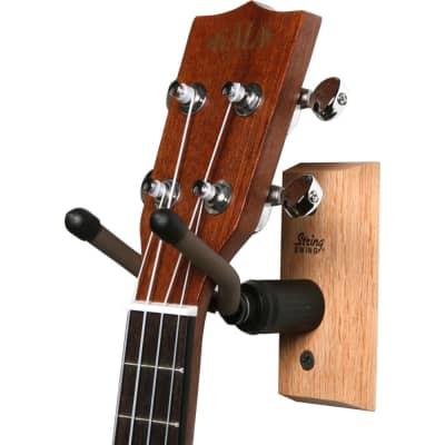 String Swing CC01UK Ukulele Wall Hanger, Oak