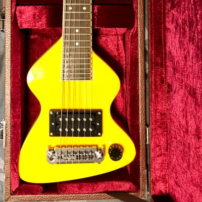 BTTF Back to the Future Erlewine Chiquita Guitar for sale