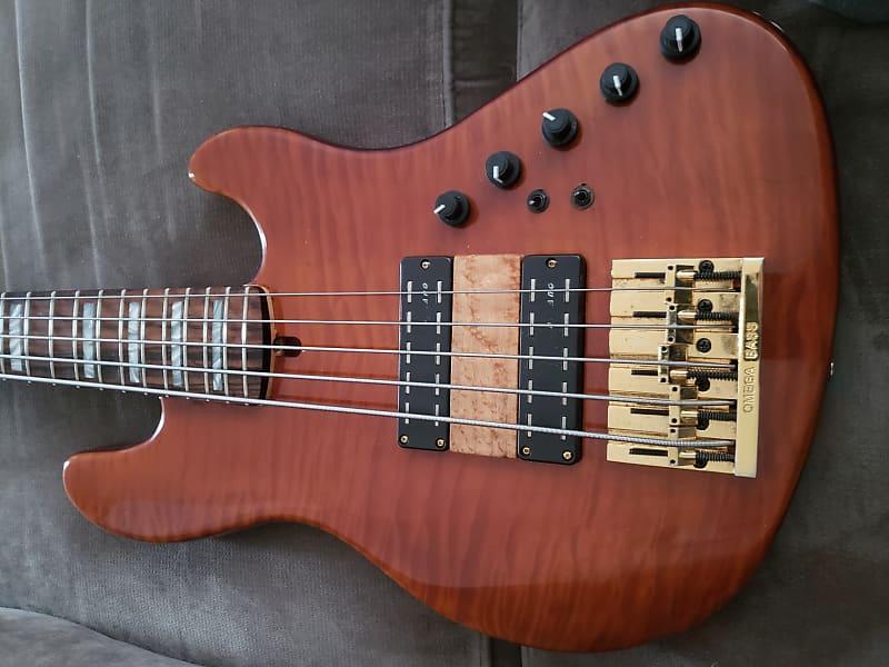Warmoth Deluxe Jazz Bass V | Titan Bass