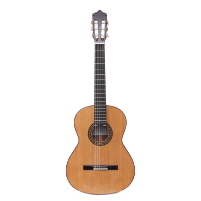 Perez 650 Cedro guitare classique for sale