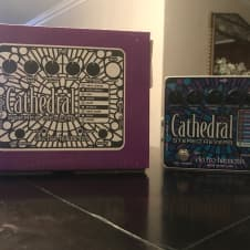 Electro-Harmonix Cathedral Stereo Reverb 2017 Purple
