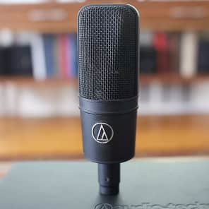 Audio-Technica AT4033/CL Large Diaphragm Cardioid Condenser Microphone