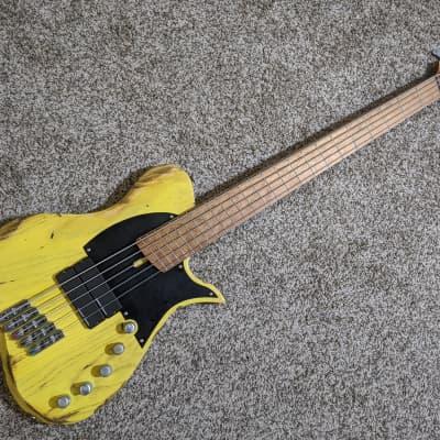 Vola USA Custom Shop Vasti 5 STM Bass (Steve Treguier Signature) with Gig Bag