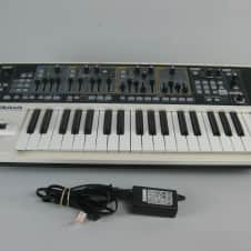 Roland GAIA SH-01 Keyboard Synthesizer