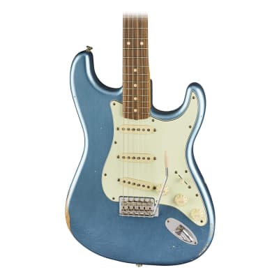 Fender Road Worn 60's Stratocaster Electric Guitar in Lake Placid Blue