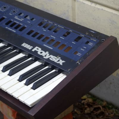 Korg Polysix Wooden Case Analog Synthesizer Meranti Wood Brown Excellent Build