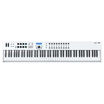 Arturia Keylab Essential 88 Controller Midi Usb 88 Tasti Con 9 Encoder + 9 Fader + 8 Pads