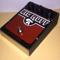 Electro-Harmonix Big Muff Pi V6 (Reverse Logo) Early 1980s Red/Silver image