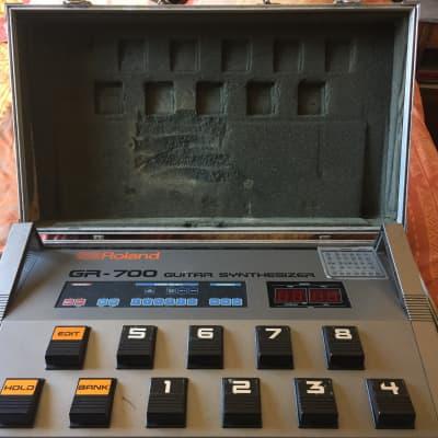 Roland GR-700 1984 GRIS